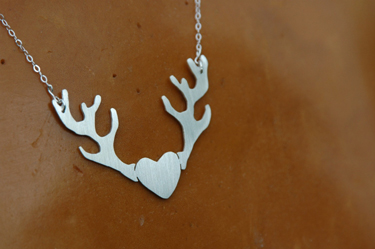 kelly lyn raspa heart pendant