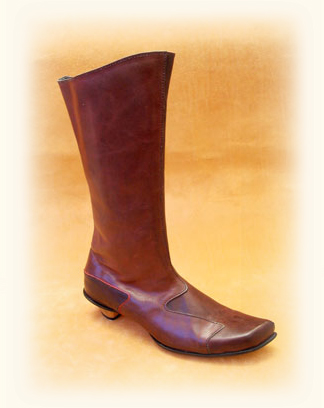 low heeled boot